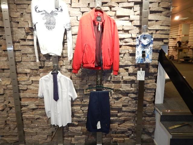 Units Stl L; tröja, skjorta, slips, jacka, byxa, skjorta